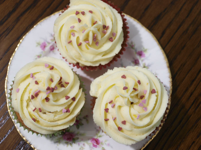 It's hard to resist these sweet little Lemon Love Cakes